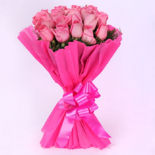 Bunch Of 20 Pink Roses11